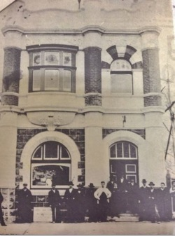 Picture of the 1905 opening of Camperdown's State Savings Bank